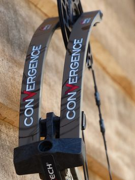 Bowtech Convergence Droitier 70# Country roots